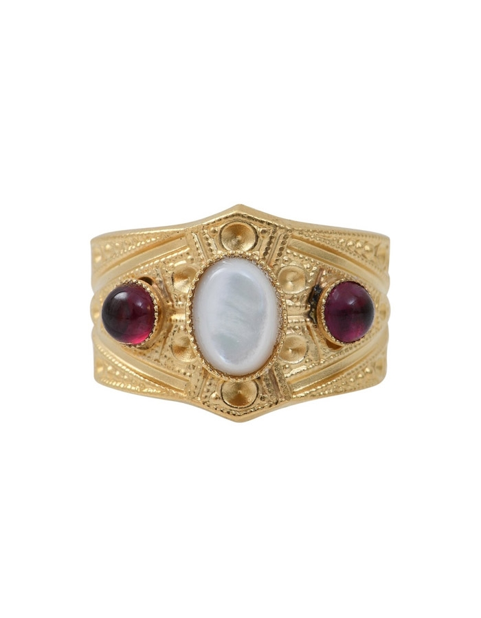 VINCI white mother of pearl and grenat antique ring