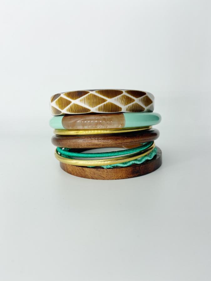 Set de 8 bracelets résine et bois